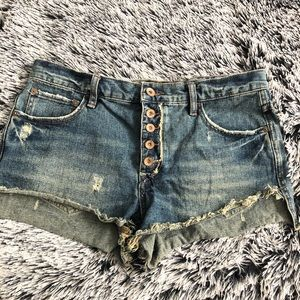 Free People denim shorts buttoned size 28